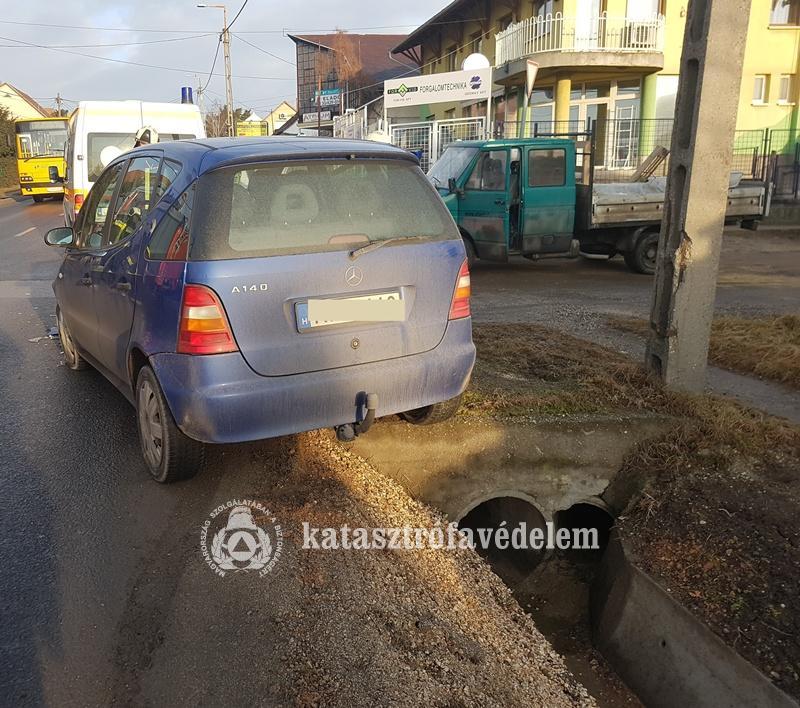 Kisteherautó karambolozott a Bajcsy-Zsilinszky úton