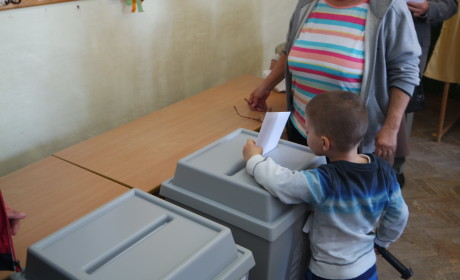 Befejezték a levélszavazatok számolását