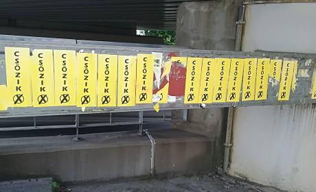 Lejárt a politikai plakátok mandátuma