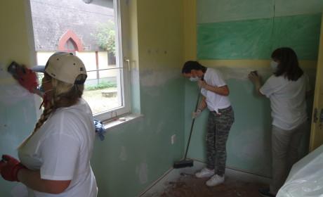 Önkéntesek a Móra iskoláért