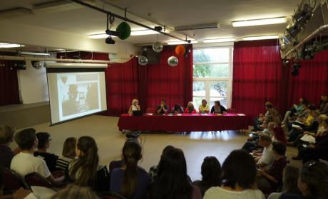 Beiskolázási szülői értekezletet tart a VMG
