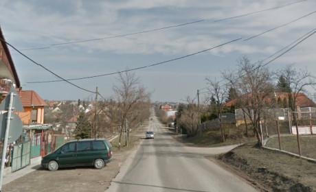 Megújul a Tárnoki út is