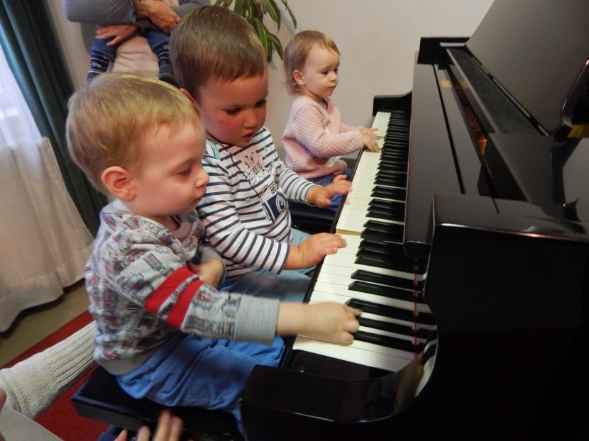 Szabad a tánc és a zene – a legkisebbeknek is