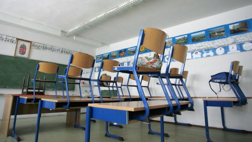 Hogyan lehet megakadályozni, hogy túl korán intsenek búcsút a diákok az iskolának?